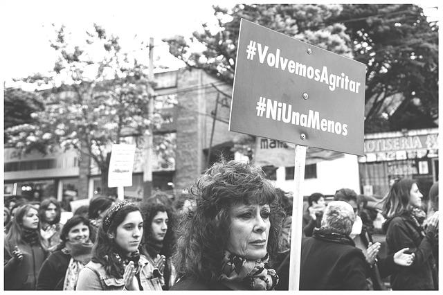 protestující ženy