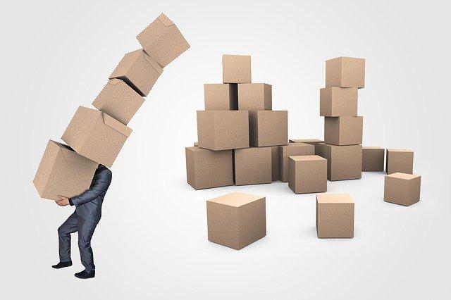 přenášení papírových krabic
